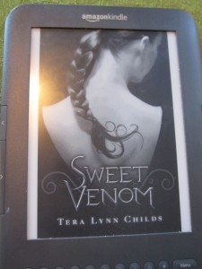 Kindle Cover for Sweet Venom by Tera Lynn Childs