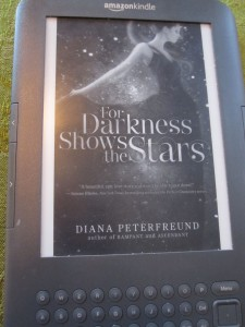 Kindle Cover for For Darkness Shows the Stars by Diana Peterfreund