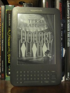 Dodger by Terry Pratchett Kindle Cover