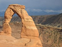 800px-Delicate_Arch_in_Arches_National_Park_3